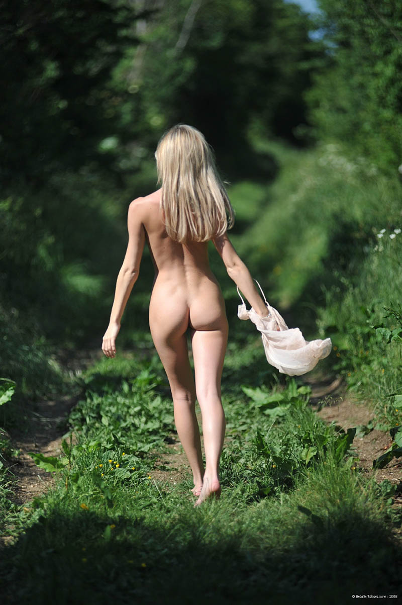 behind view Naked walking girls from