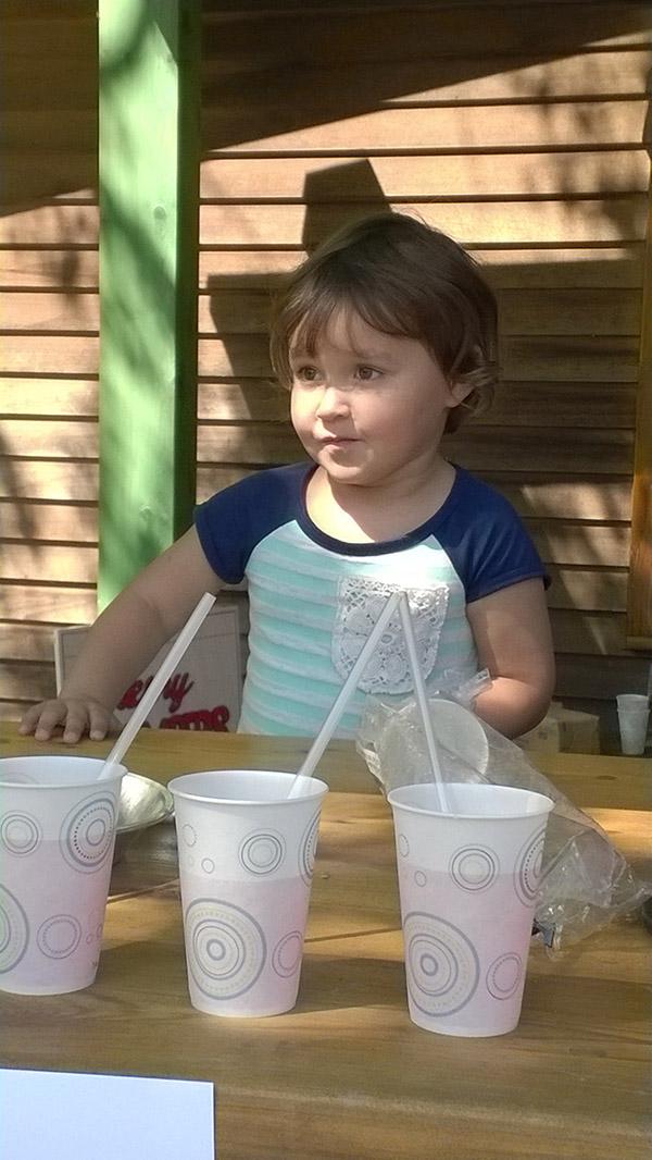 Littlegirl-stand