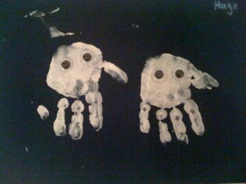 Ghost_Hand_Prints