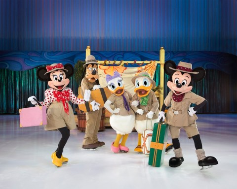 Disney on ice uk tour 2016 mikey mouse and friends