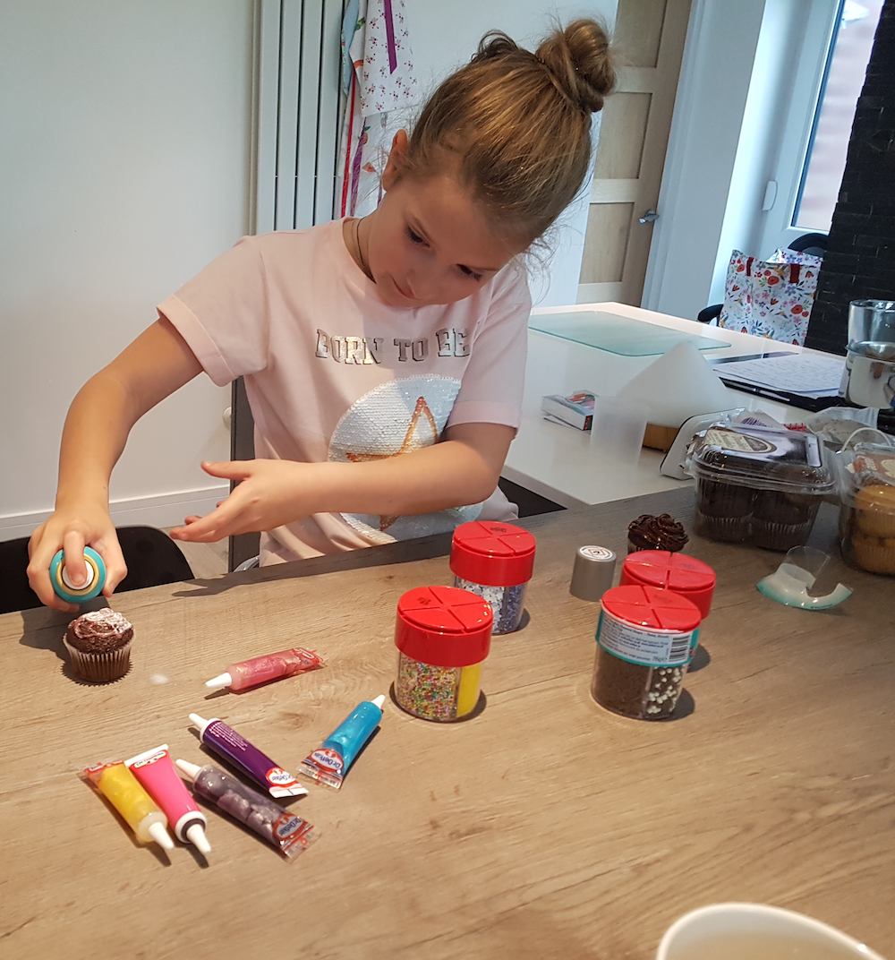 Dr Oetker Cake Decorating