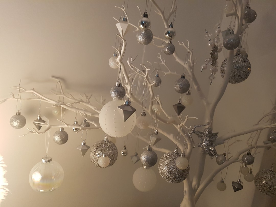 Christmas Tree Decorations For Less With Wilko