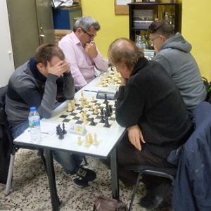 Longa necesita medio punto en la última ronda para ganar el torneo