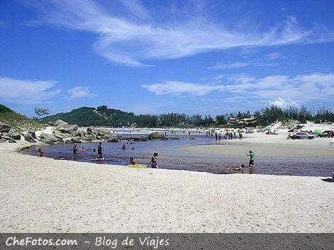 Praia da Barra, Garopaba, Brasil
