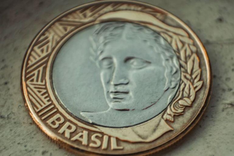 cambio de billetes en Brasil