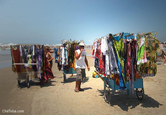 Vendedor playa Brasil