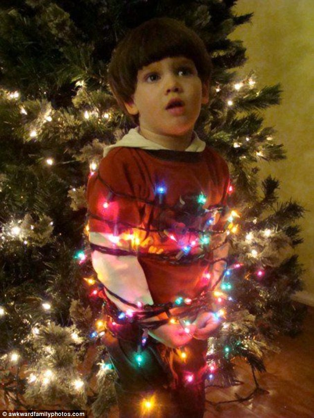 Awkward Christmas Family Photos Part II Chevy Chase