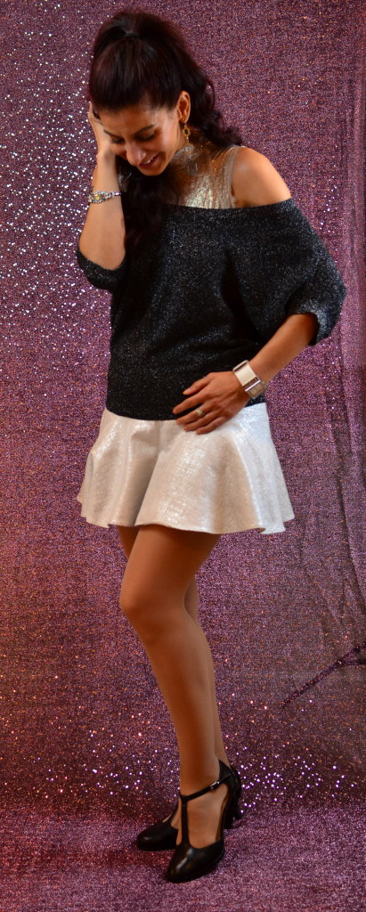 Silver Metallic mini skirt-4 tips how to style your metallic skirt this fall
