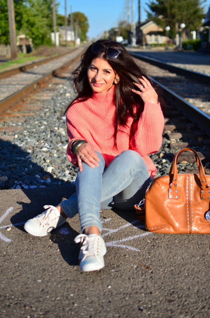 How to wear a coral pink sweater in fall/winter