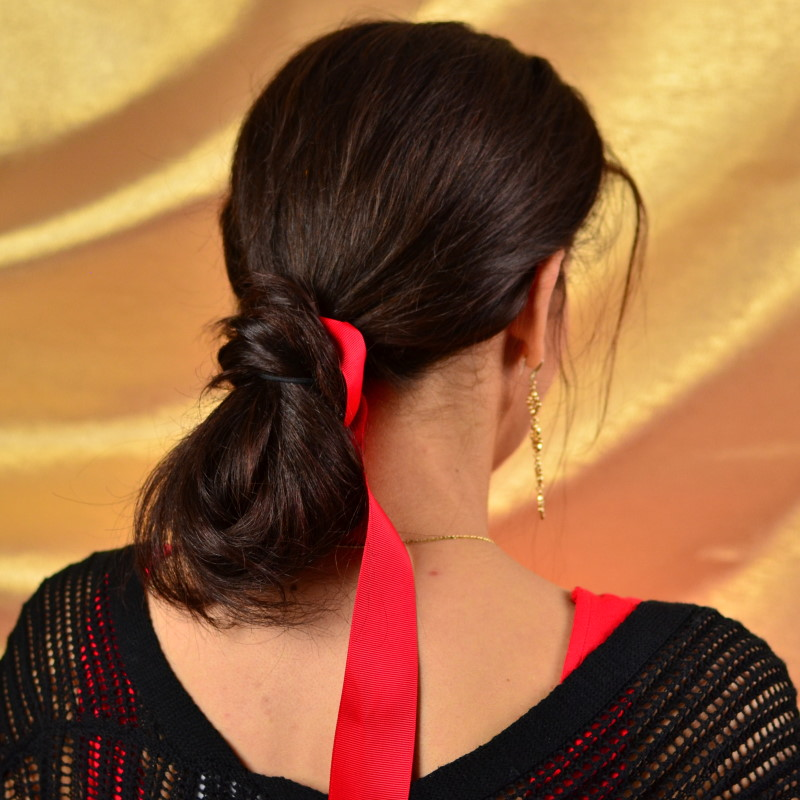 3 cute easy holiday hairstyles - Last minute party hairstyle