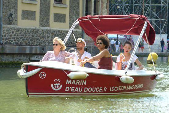 Activité insolite Paris location bateau électrique