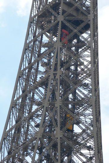 Ascenseur 3e étage Tour Eiffel