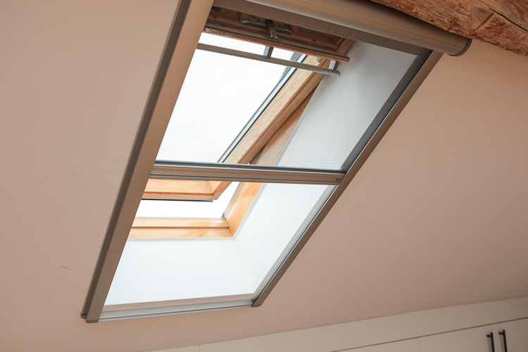 Gallery Of Pour Velux With Voilage Velux