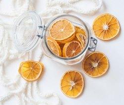 Arance essiccate decorative