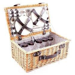cestini da picnic in vimini