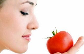 Bellezza: le mille proprietà del pomodoro