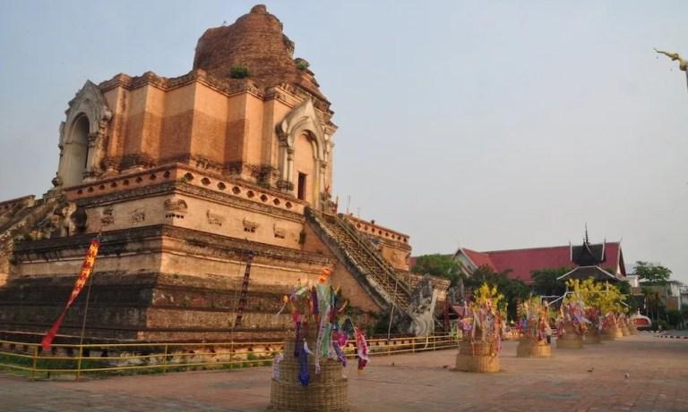 Chiang Mai Wat Chedi Luang Songkran