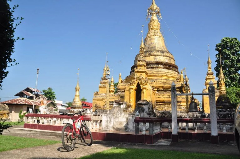 Buddhist temple with bicycle Mae Hong Son Temples