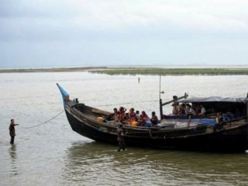 Those who died at sea are believed to be illegal migrants as they lacked proper travel documents, Thai officials said.