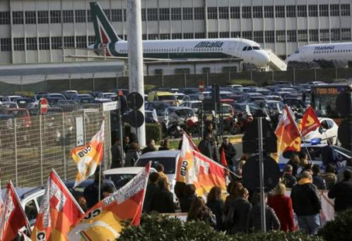 Union Strikes Strand Thousands of Tourists and Travellers at Italy's Airports