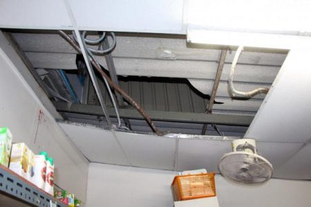 Russian Woman Falls Through the Roof of Convenience Store in Pattaya