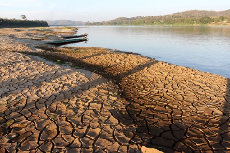 Cambodia's Lifeline Threatened By Drought from Dams in China