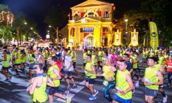 Bangkok Midnight Marathon Thailand
