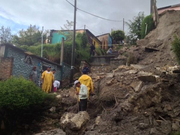 Casas de Comitán fueron construidas en zonas de riesgo, y con las lluvias se deslizaron. Foto: Fredy Martín/Chiapas PARALELO