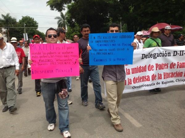 Maestros llevan 13 días de manifestaciones contra la Reforma Educativa. Foto: Isaín Mandujano/Chiapas PARALELO