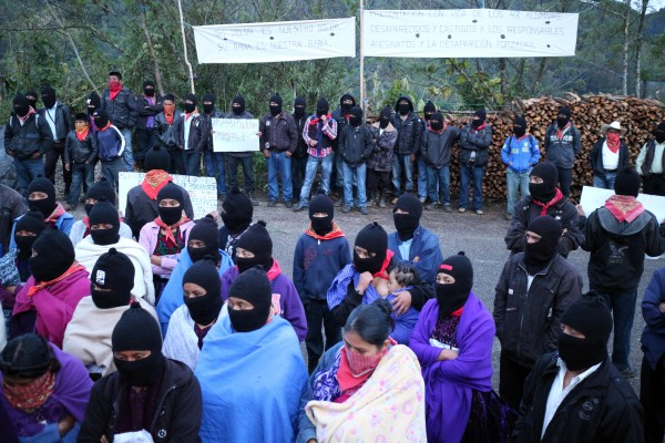 EZLN illuminate the ways Ayoztinapa and Yaqui tribe.  Photo: Elizabeth Ruiz