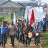 """""""Nosotros somos los que cuidamos nuestra tierra"""", sostuvieron hombres y mujeres de la Selva Lacandona. Foto: Noé Pineda"""