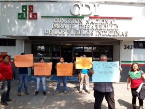 <a class=&quot;amazingslider-posttitle-link&quot; href=&quot;http://www.chiapasparalelo.com/noticias/chiapas/2017/04/chiapas-se-une-a-la-protesta-nacional-y-pide-plan-emergente-ante-recorte-presupuestal-indigena-2017/&quot;>Chiapas se une a la protesta nacional y pide plan emergente ante recorte presupuestal indígena 2017.</a>