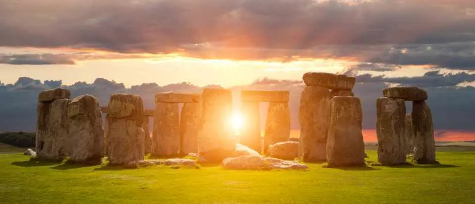 SUMMER SOLSTICE AND WINTER SOLSTICE AND ITS EFFECT TO OUR BODY'S NATURAL RHYTHM