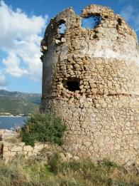 Le visage caché de la tour