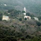 On aperçoit au loin les autres hameaux : Busseto