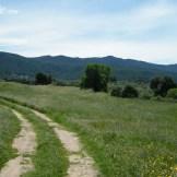 La piste qui mène à l'église