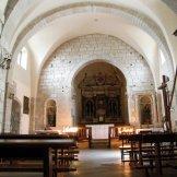Dans une petite église