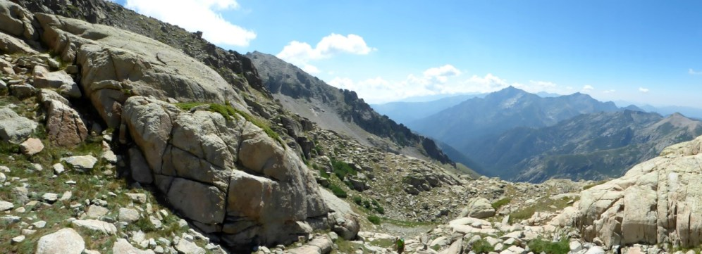 Panorama sur la vallée