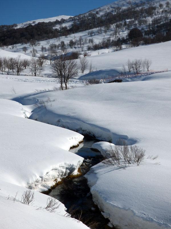 Le ruisseau au Val d'Ese