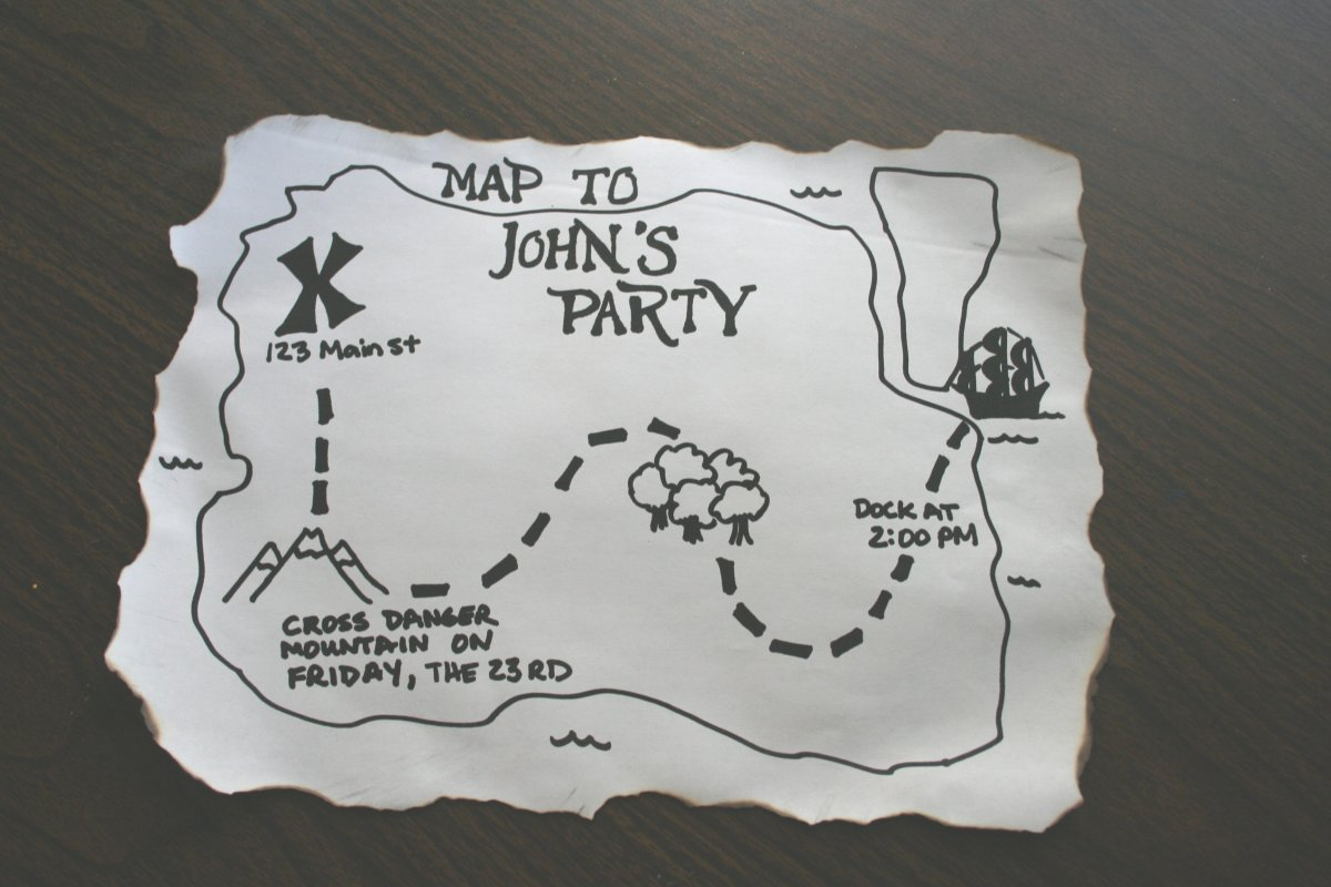 make a pirate party invitation chica