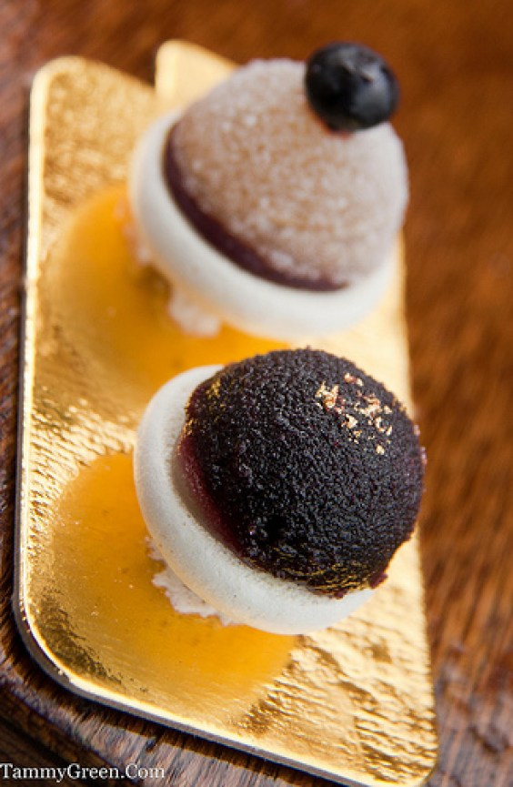 Blueberry Jellies on Macaroons | Japonais