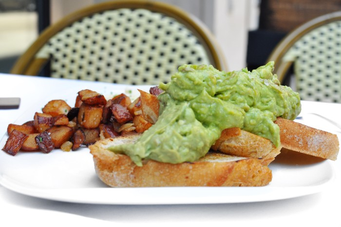 cochon-volant-avocado-toast