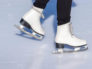 التزلج على الجليد في حديقة «باركواي بانك» في روزمونت