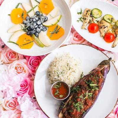 مطاعم تقدّم أفضل العروض والوجبات الرومانسية في عيد الحب في شيكاغو