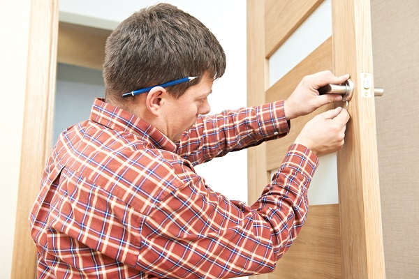 bigstock-Male-handyman-carpenter-at-int-44308414