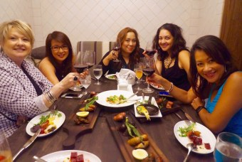 A toast with the girls: L-r: @JulynsBling, @NancyLoo, @MJTam, @JustDwana, & @DuongOnine