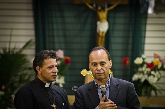 Rev. Jose Landaverde and U.S. Rep. Luis Gutierrez talk about the importance of fighting for immigration reform. Gutierrez joined Landaverde during his congregation's 5th anniversary.