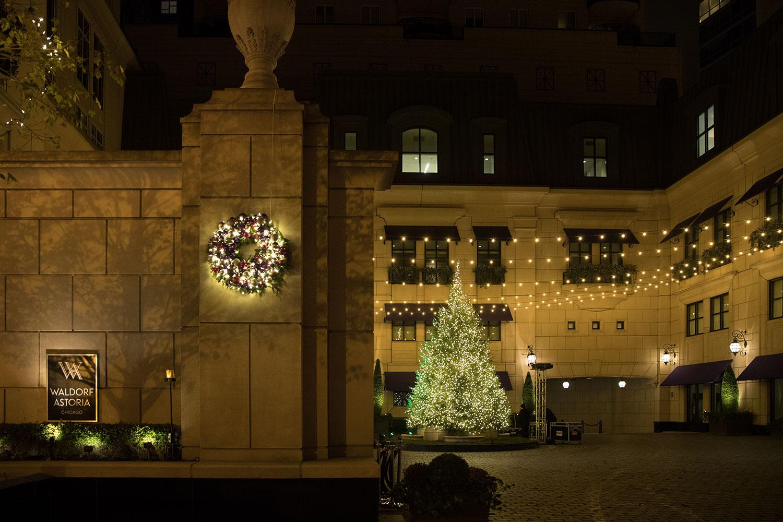 Waldorf Astoria Chicagos Holiday Tree Lighting SPLASH