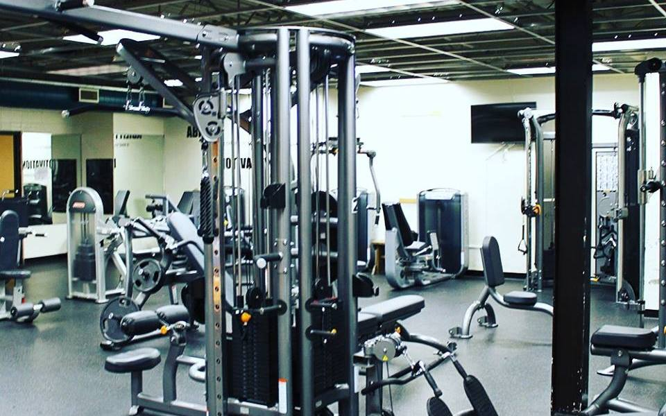 Chicago Sports & Fitness Club - Gym in Joliet - Weight Equipment