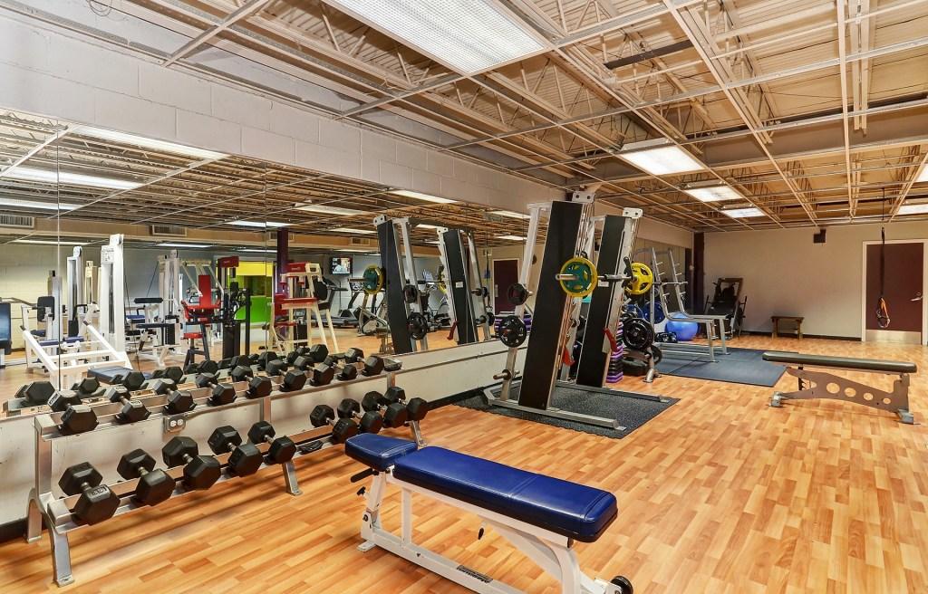 Chicago Sports & Fitness Club - best gym in Joliet - Women's ONLY Area